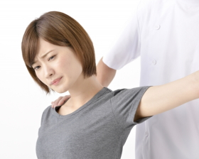 左肩の施術