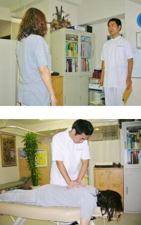 姿勢分析(上)、上部胸椎の矯正(下)
