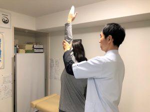 肩の術後検査
