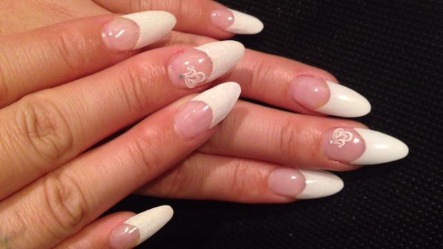 女性のきれいな爪